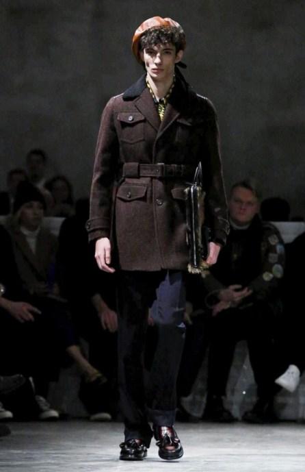 prada-menswear-fall-winter-2017-milan32