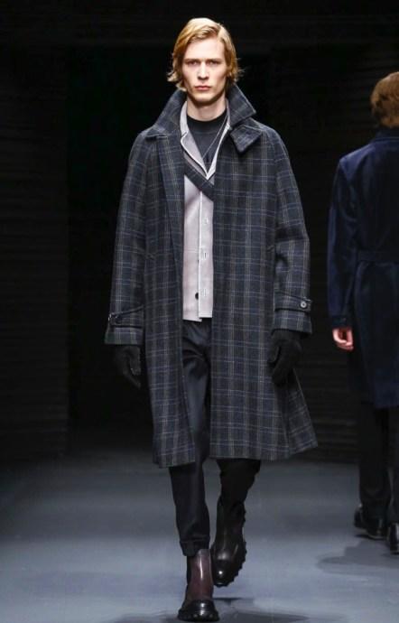 salvatore-ferragamo-menswear-fall-winter-2017-milan26