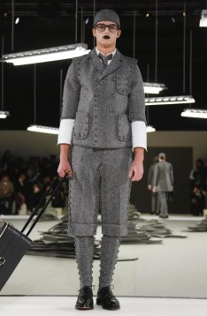 thom-browne-menswear-fall-winter-2017-paris28