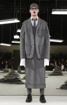 thom-browne-menswear-fall-winter-2017-paris3