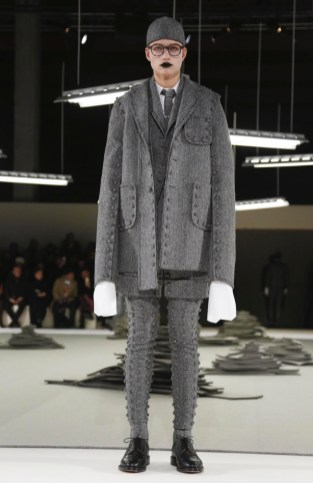 thom-browne-menswear-fall-winter-2017-paris33