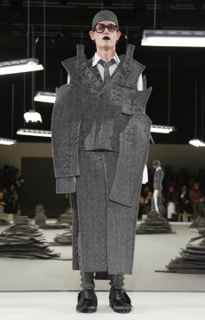thom-browne-menswear-fall-winter-2017-paris36