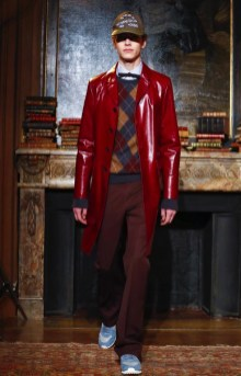 valentino-menswear-fall-winter-2017-paris3