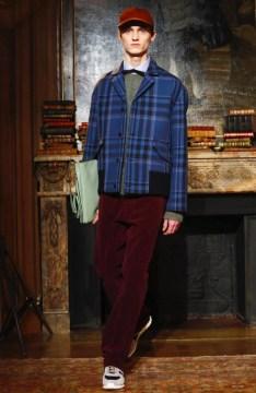 valentino-menswear-fall-winter-2017-paris43