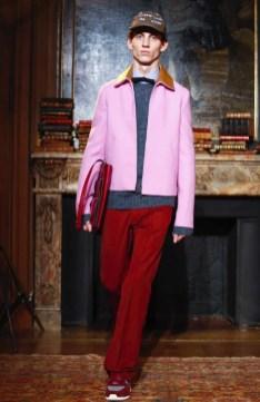 valentino-menswear-fall-winter-2017-paris8