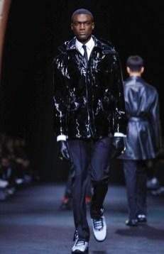 versace-menswear-fall-winter-2017-milan1