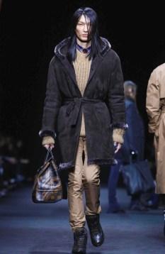 versace-menswear-fall-winter-2017-milan12