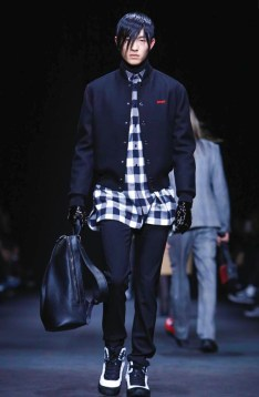 versace-menswear-fall-winter-2017-milan5