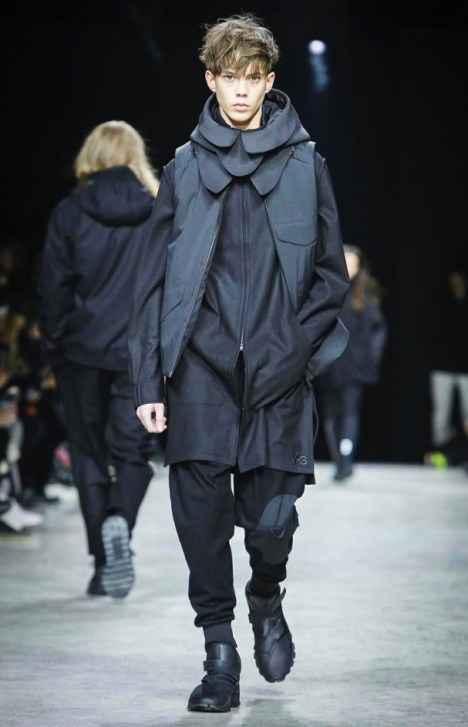 y-3-menswear-fall-winter-2017-paris52