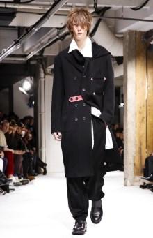 yohji-yamamoto-menswear-fall-winter-2017-paris14