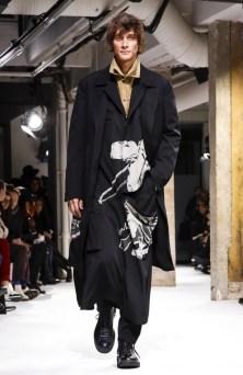 yohji-yamamoto-menswear-fall-winter-2017-paris2