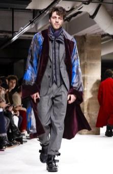 yohji-yamamoto-menswear-fall-winter-2017-paris38
