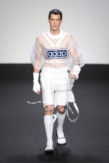 q-design-and-play-ss17-at-efw8