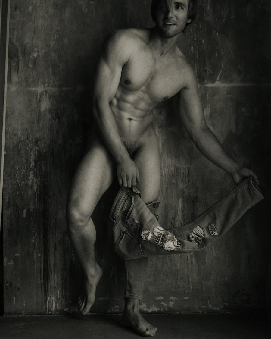 Alexander Mikhailov by Serge Lee3