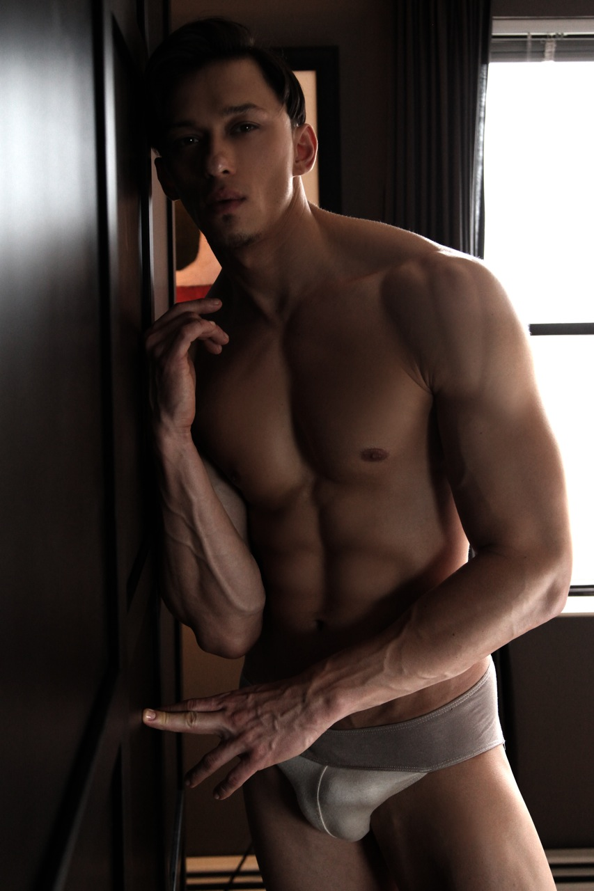 Dmytro Paladii by Thomas Synnamon9