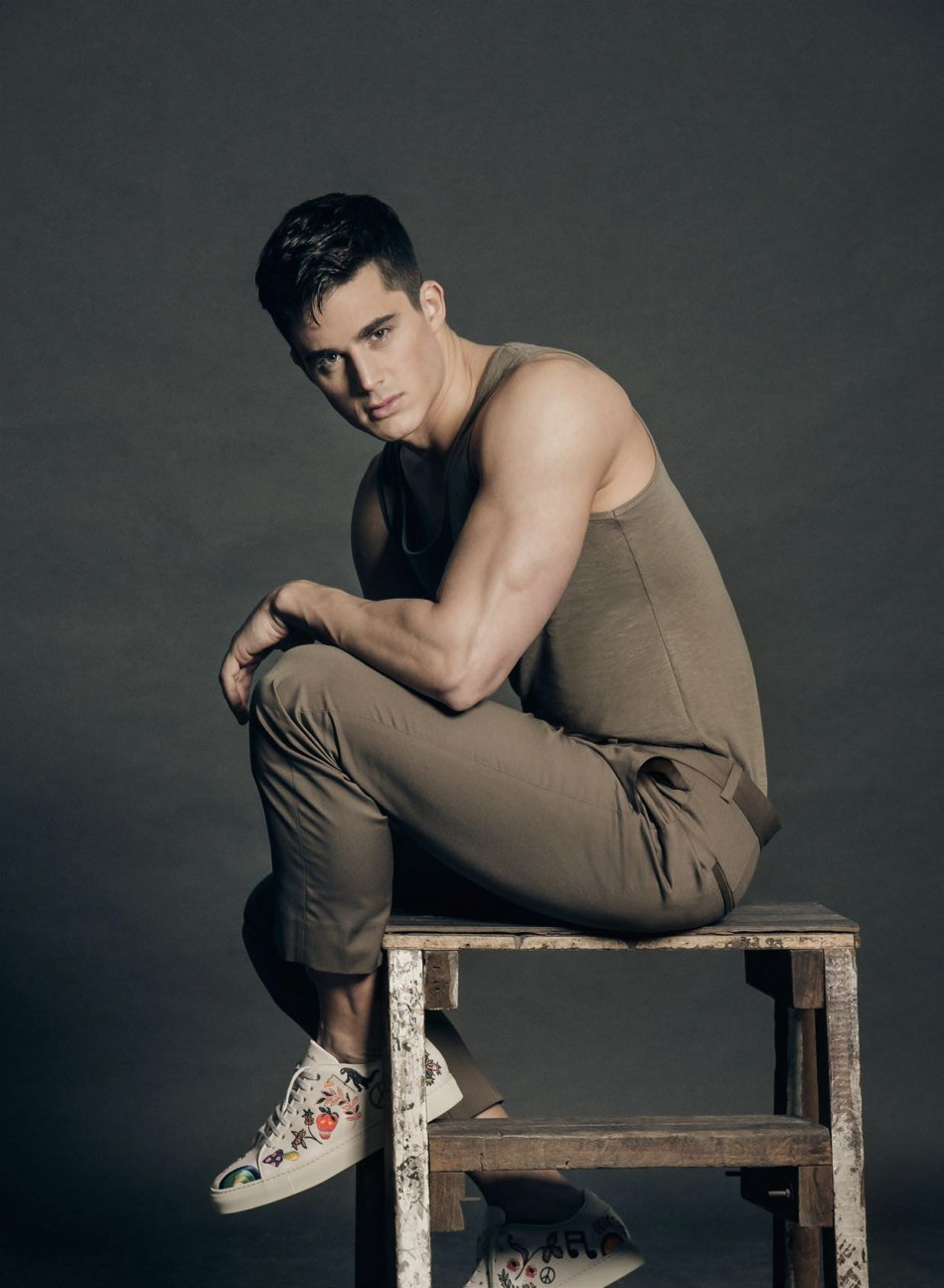 We know, we know. Mathematics isn't exactly a class favorite but it is time we tuck our nose back into our textbooks and break down the formula, especially one's that spill over to life's many conundrums. Just ask Pietro Boselli (@pietroboselli). Smashing any preconceived notions about men, modeling and mathematics, Pietro Boselli takes the charge this month of movement as we sit down for an exclusive with the world's hottest math teacher.