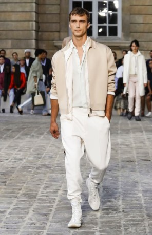 BERLUTI MENSWEAR SPRING SUMMER 2018 PARIS34