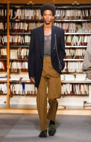 DRIES VAN NOTEN MENSWEAR SPRING SUMMER 2018 PARIS20
