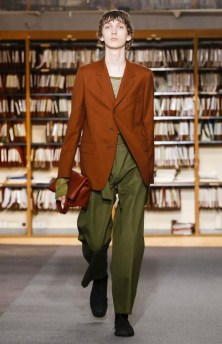 DRIES VAN NOTEN MENSWEAR SPRING SUMMER 2018 PARIS43