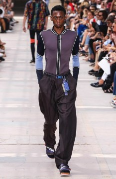 LOUIS VUITTON MENSWEAR SPRING SUMMER 2018 PARIS12