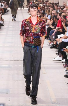 LOUIS VUITTON MENSWEAR SPRING SUMMER 2018 PARIS18