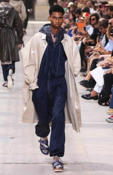 LOUIS VUITTON MENSWEAR SPRING SUMMER 2018 PARIS24