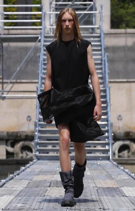 RICK OWENS MENSWEAR SPRING SUMMER 2018 PARIS25