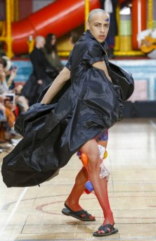 VIVIENNE WESTWOOD MEN & WOMEN SPRING SUMMER 2018 LONDON34