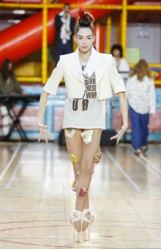 VIVIENNE WESTWOOD MEN & WOMEN SPRING SUMMER 2018 LONDON47