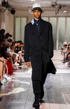 YOHJI YAMAMOTO MENSWEAR SPRING SUMMER 2018 PARIS24