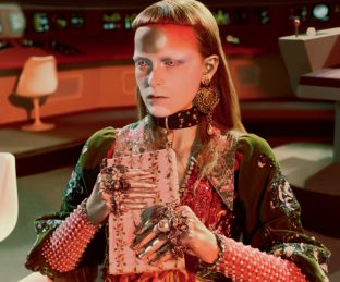 GUCCI AW17-18 BY GLEN LUCHFORD CAMPAIGN25