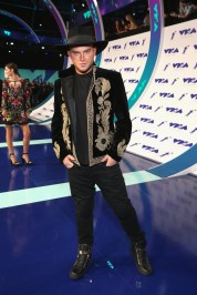 August Getty attends the 2017 MTV Video Music Awards at The Forum on August 27, 2017 in Inglewood, California.