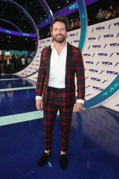 Ian Bohen attends the 2017 MTV Video Music Awards at The Forum on August 27, 2017 in Inglewood, California.