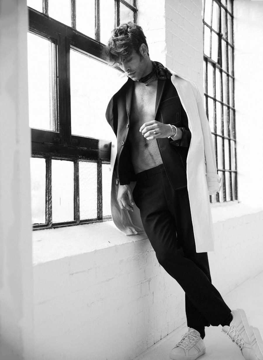 JON KORTAJARENA FOR GLASS MAGAZINE FALL 2017 BY LUKASZ PUKOWIEC3