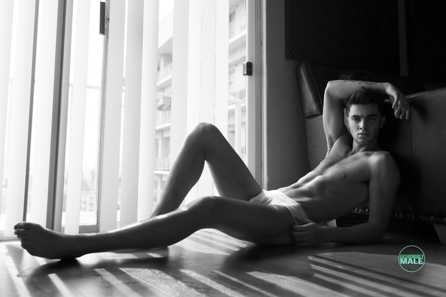 Noah Blaise by Karl Simone for Fashionably Male6