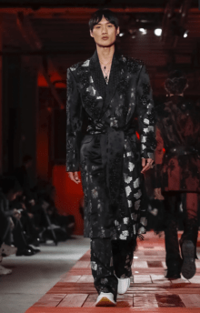 ALEXANDER MCQUEEN MENSWEAR FALL WINTER 2018 PARIS1
