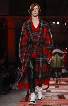 ALEXANDER MCQUEEN MENSWEAR FALL WINTER 2018 PARIS3