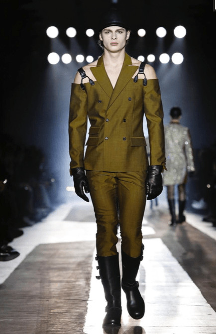 MOSCHINO FALL WINTER 2018 MENSWEAR AND WOMEN PRECOLLECTION MILAN22