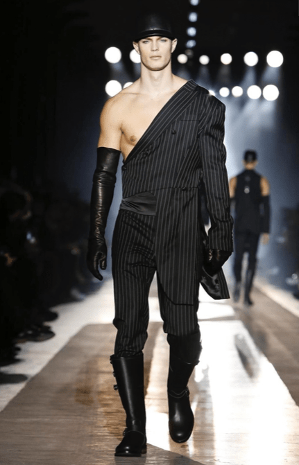 MOSCHINO FALL WINTER 2018 MENSWEAR AND WOMEN PRECOLLECTION MILAN58