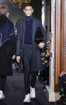 VALENTINO MENSWEAR FALL WINTER 2018 PARIS23