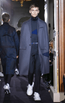 VALENTINO MENSWEAR FALL WINTER 2018 PARIS25