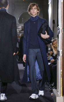 VALENTINO MENSWEAR FALL WINTER 2018 PARIS40