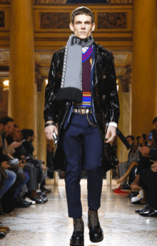 VERSACE MENSWEAR FALL WINTER 2018 MILAN23