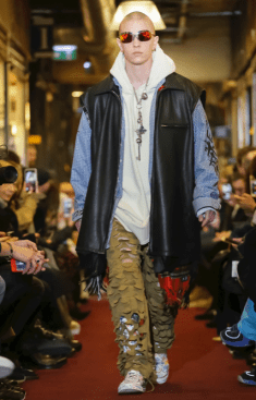 VETEMENTS MENSWEAR FALL WINTER 2018 PARIS47