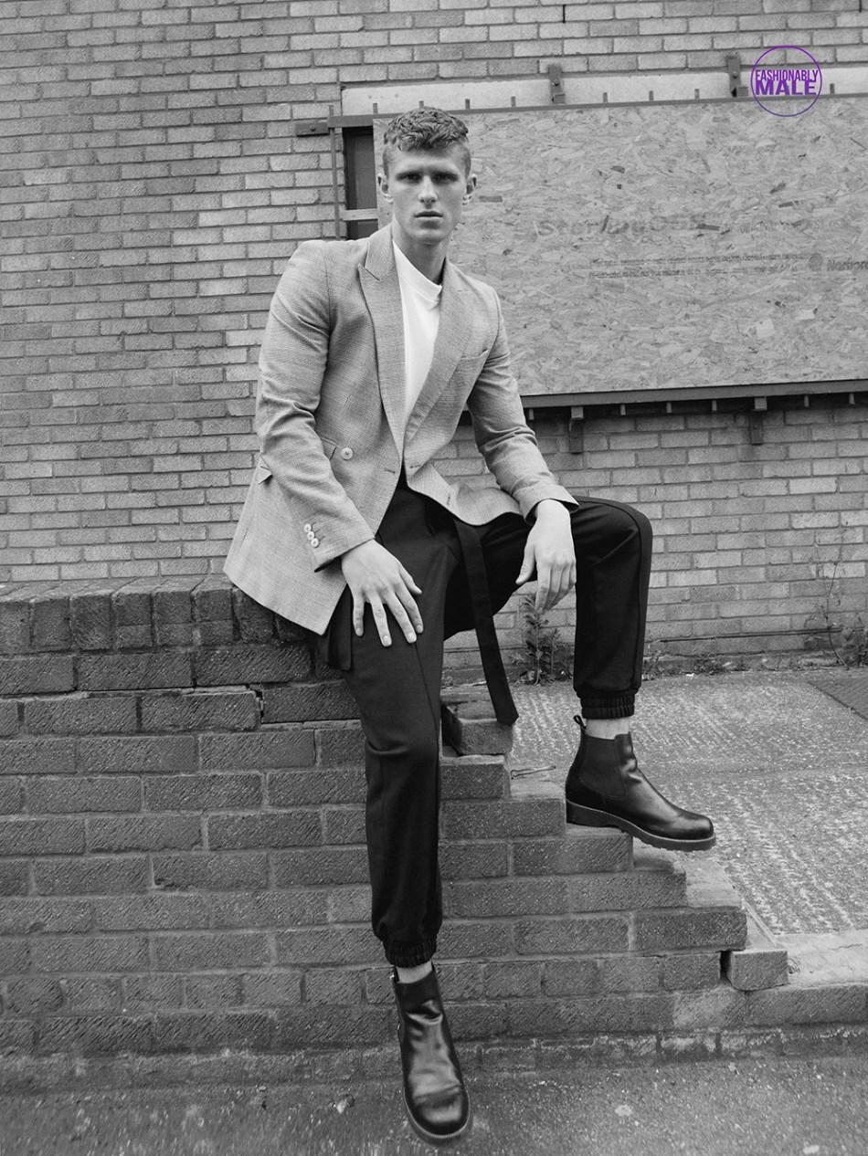 Currently in London model Matt van de Sande is portrayed by photographer Markus Lambert.
