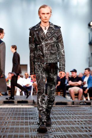 Alexander McQueen Menswear Spring Summer 2019 Paris15