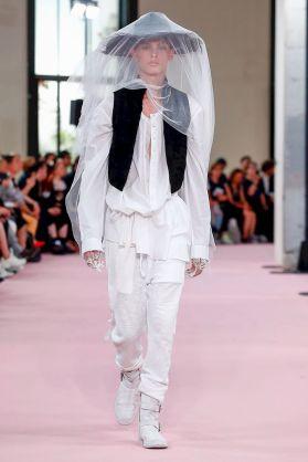 Ann Demeulemeester Menswear Spring Summer 2019 Paris6