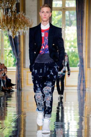 Balmain Homme Menswear Spring Summer 2019 Paris49