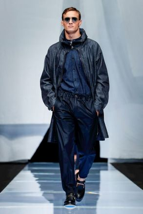 Giorgio Armani Menswear Spring Summer 2019 Milan12