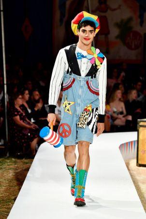 Moschino Menswear Spring Summer 2019 & Women's Resort Los Angeles19